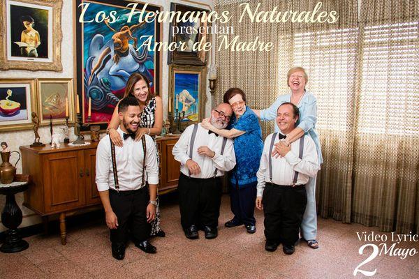 Los-Hermanos-Naturales-Amor-de-Madre-FINAL