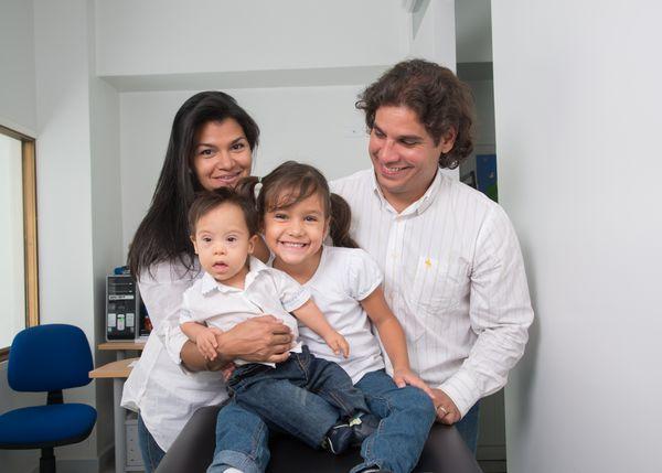 MSC Noticias - Foto-familia-2 Agencias Com y Pub Salud