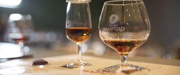 Pampero y Cacique inicia el ciclo de homenajes del diplomado en Cultura de Vino & Spirits