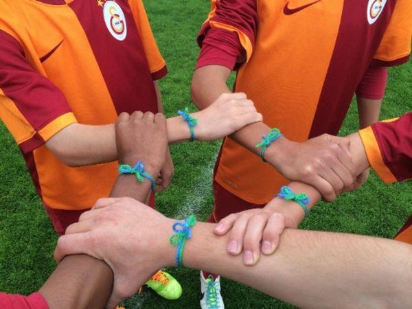 MSC Noticias - brazelets Chuky Reina & Asociados Futbol