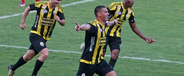 Deportivo Táchira dominó al Caracas FC y despuntó en el liderato