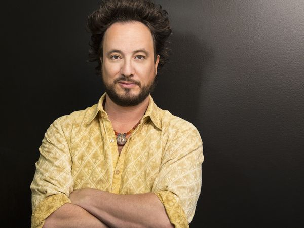 MSC Noticias - Giorgio-Tsoukalos_Alienigenas-Ancestrales-S10_History Forum Media TV-Series