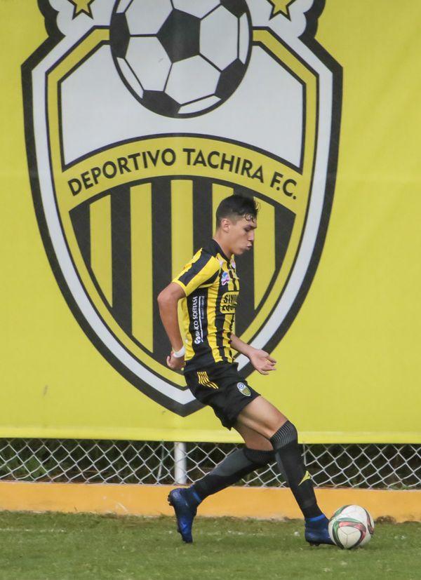 MSC Noticias - Nahuel_Ferraresi_fvf_3ra_A2017_j2_tachira_acad_elite_gpc_110317_321 FC DT Tachira Futbol