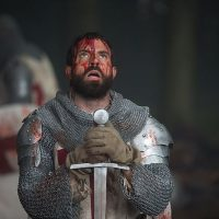 MSC Noticias - tom_cullen_as_landry_bowed_before_his_sword_in_historys_new_drama_series_knightfall-200x200 DLB Group Com TV-Series